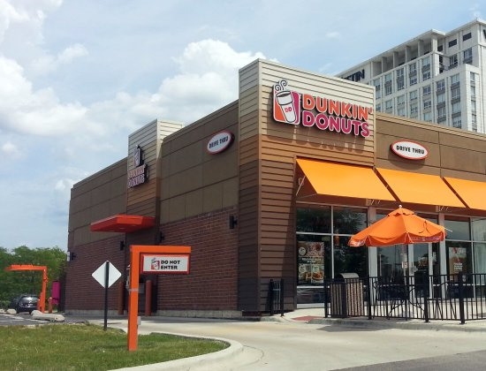 Wheeling, IL: Front of, entrance to, outdoor seating area & drive-thru at Dunkin' Donuts