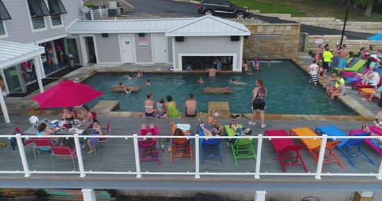 Eldon, MO: Pool Fun