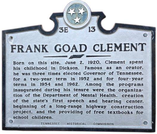 Dickson, TN: birthplace sign