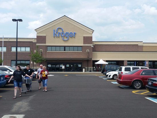 Kroger Fairfield Ohio >> Front View Eating Area Left Side Of Store Picture Of