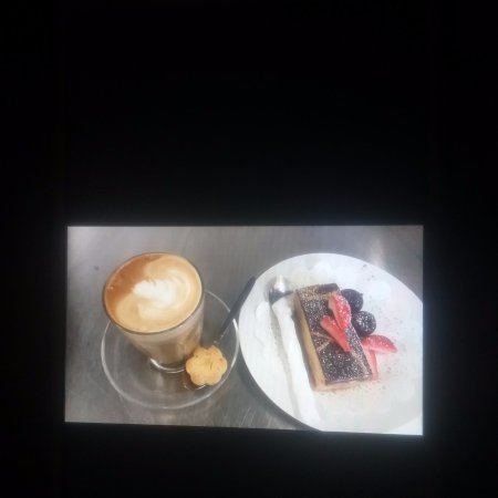 Tumut, Australia: Reg coffee & Cake deal $8.50  anytime between 9am to 11am Wed to Sun