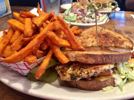 Big House Burgers & Bottlecap Bar: Burgers, Sandwiches, and Salads