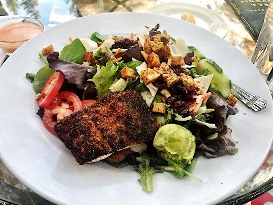 Rapids Lodge Restaurant: Cobb Salad with Blackened Salmon