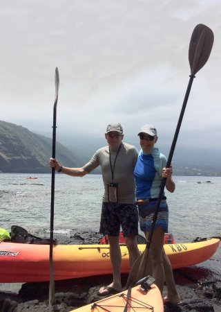 Kona Boys: Getting ready to leave Captain Cook monument
