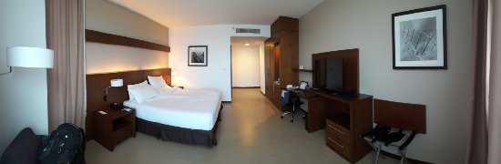 Holiday Inn Guayaquil Airport: Room