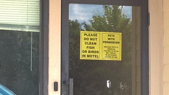 super 8 valentine ne disgusting - Motels In Valentine Nebraska