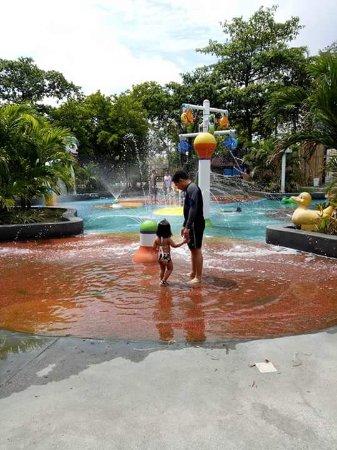 Kawit, Filipiny: FB_IMG_1496294242353_large.jpg