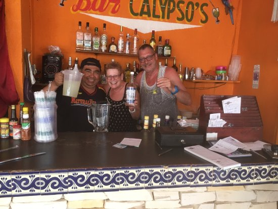 Calypso´s Comida Mexicana y Mariscos: Cannot fault this fab little place tucked away behind the tourist trot, food to die for and love