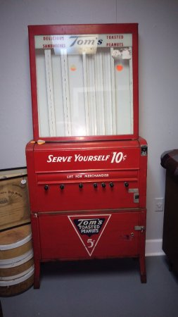 Bainbridge, GA: vintage vending machines