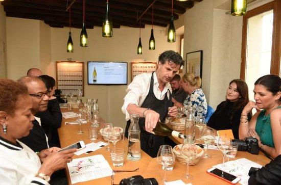 Wine Tasting In Paris