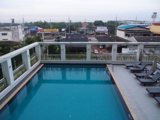 Kabin Buri, Tajlandia: 游泳池