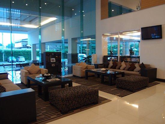 Kabin Buri, Tajlandia: 酒店大堂