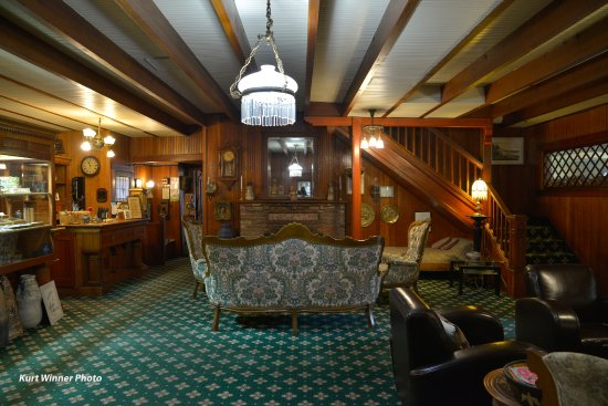 Seaview, WA: The Shelburne Inn, Restaurant & Pub was established in 1896.