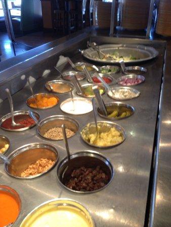 Ridgeland, MS: Buffet and Salad Bar