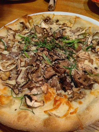 California Pizza Kitchen, San Francisco - SoMa - Fotos, Número de ...