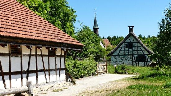 Freilichtmuseum Neuhausen Ob Eck: Blick auf die Kirche aus Tischardt von 1304