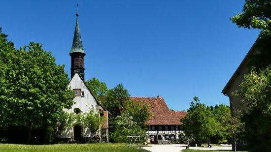 Freilichtmuseum Neuhausen Ob Eck: Blick auf den Kirchplatz
