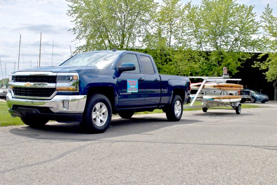 Harbor Springs, Мичиган: Paddle Boards By The Bay Truck and Trailer