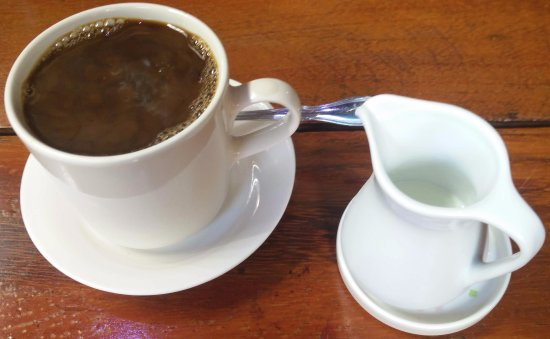 Jonadda Guest House : real milk & offered a coffee refil