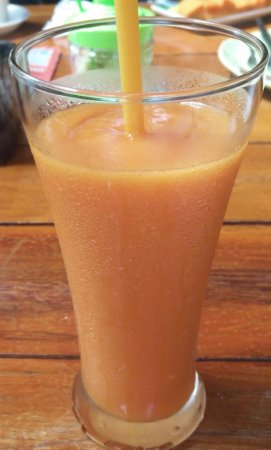 Jonadda Guest House: fruit shake