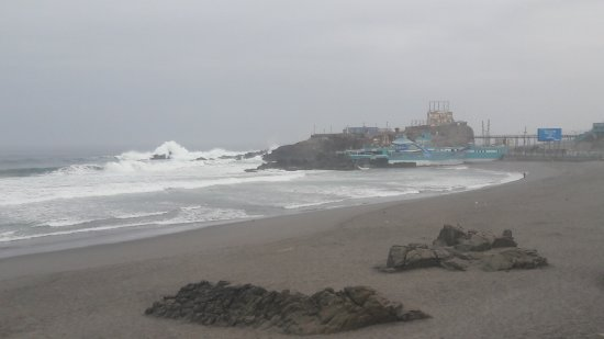 Mollendo, Peru: 🌊🌬🌣