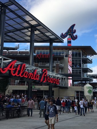 Turner Field : photo2.jpg