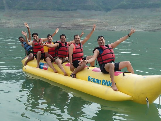 New Tehri, อินเดีย: Banana ride at Tehri lake