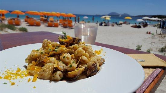Pranzo in spiaggia meraviglioso