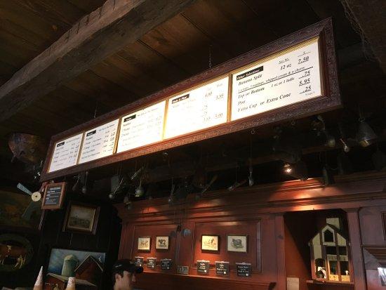 Halo Pub : Menu board