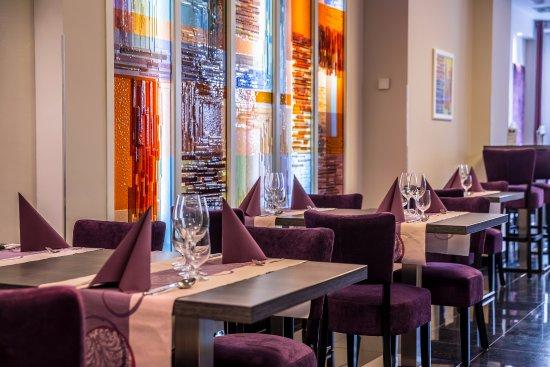 Hotel President: Intermezzo Restaurant & Café