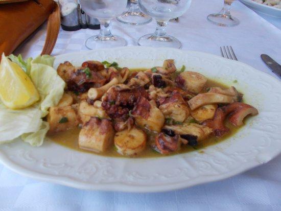 La Victoire : Voilà, le plat principal se résume à ça, bons mangeurs......on vous aura prévenu.