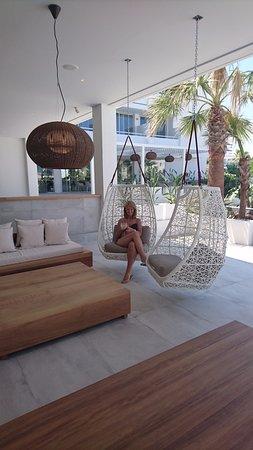 Etonnant Hotel Anfora: Swinging Chairs