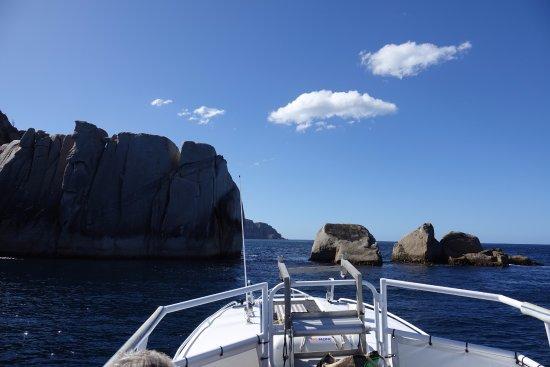 Triabunna, Australia: We cruised through the rocks