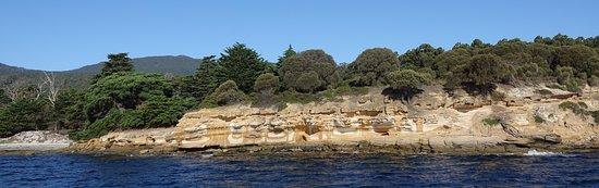 Triabunna, Australia: Painted Cliffs
