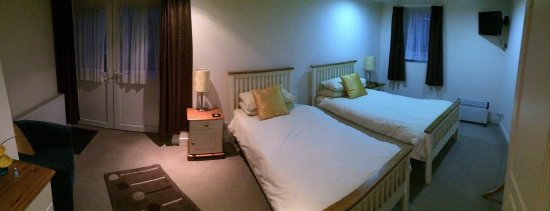 Crossmichael, UK: Our Twin Room