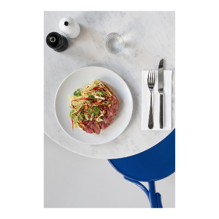 NewWerktheater: Beef Sandwich w/ Szechuan pepper mayonnaise, spring onion salad, ginger & red chili pepper & pea