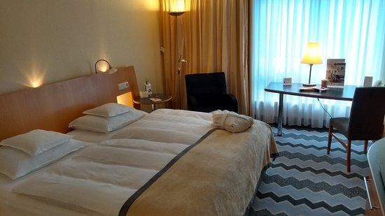 Zimmer in der residence bild von best western premier for Zimmer hannover