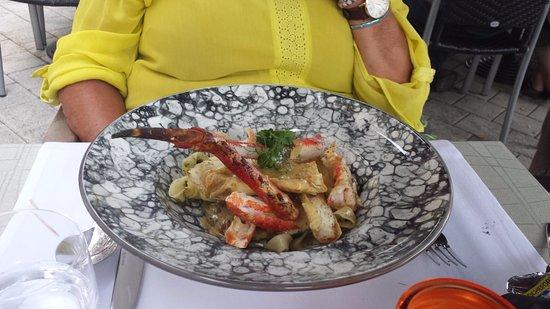 Zele, Belgien: king kab met curry