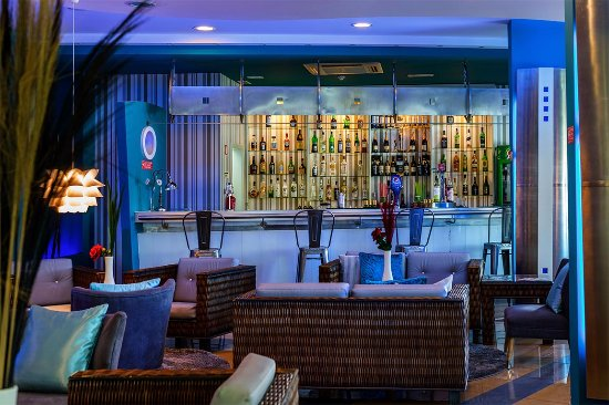 Velamar Budget Boutique Hotel: Lounge Bar