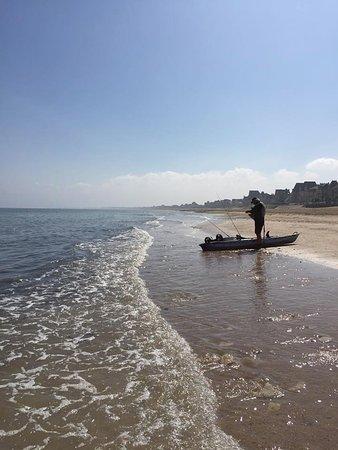 Le Vivier : Plaisir de la pêche sur la plage de Lion sur mer