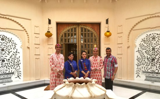 The Oberoi Udaivilas: With Subham, Duty manager Sikha, Geentanjali & Atul