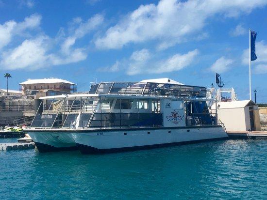 Fantasea Bermuda Boat Tours