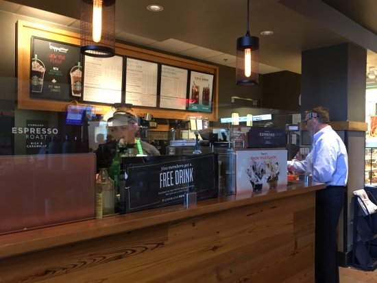 Clifton Springs, NY: Starbucks - serving line