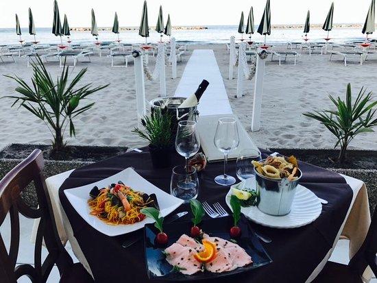 Restaurant marina beach lido adriano restaurant reviews - Bagno marina beach lido adriano ...