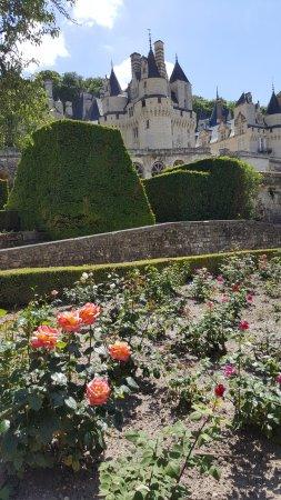 Rigny-Usse, Frankrig: Giardino e castello