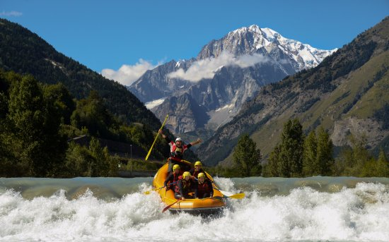 Pre-Saint-Didier, Italia: The best Rapids at the foot of Mont Blanc !