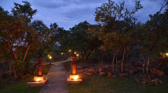 Modimolle (Nylstroom), South Africa: Path to executive suites