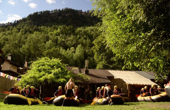 Rafting Base Totem Adventure in Aosta Valley !