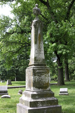 Bellefontaine Cemetery: The man Shreveport LA was named after