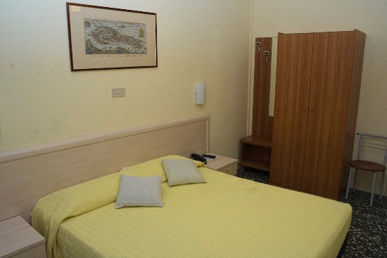 Hotel Santa Lucia: bedroom